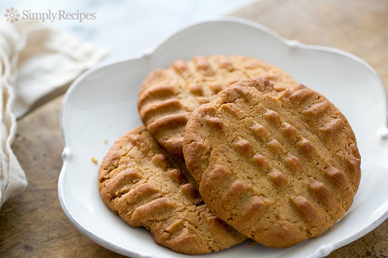 peanut-butter-cookie-horiz-800